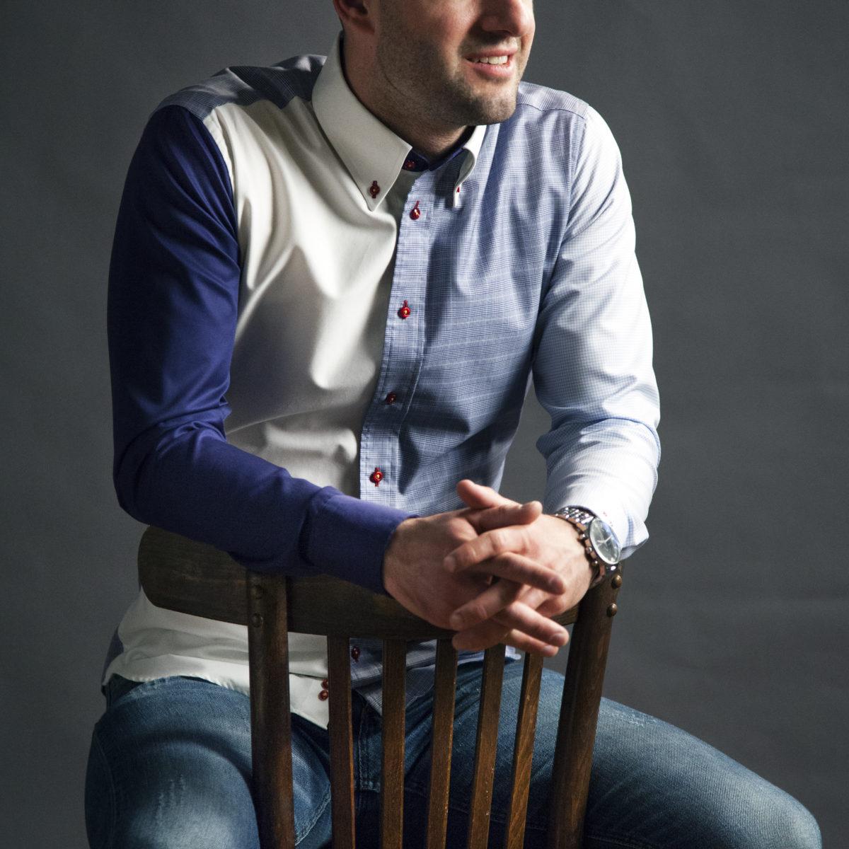 Modrá a bílá pánská košile s dlouhým rukávem
